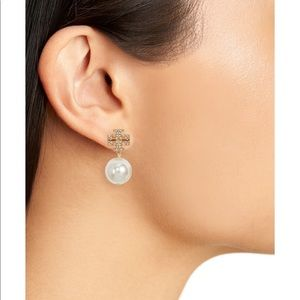 Sale🎉Tory Burch crystal gold fauxpearl earring